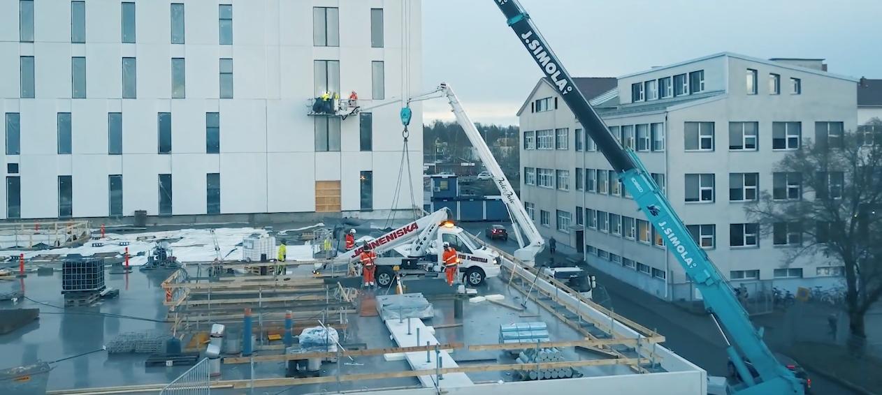 Janneniskan-nostopalvelu-pohjolan-sairaala