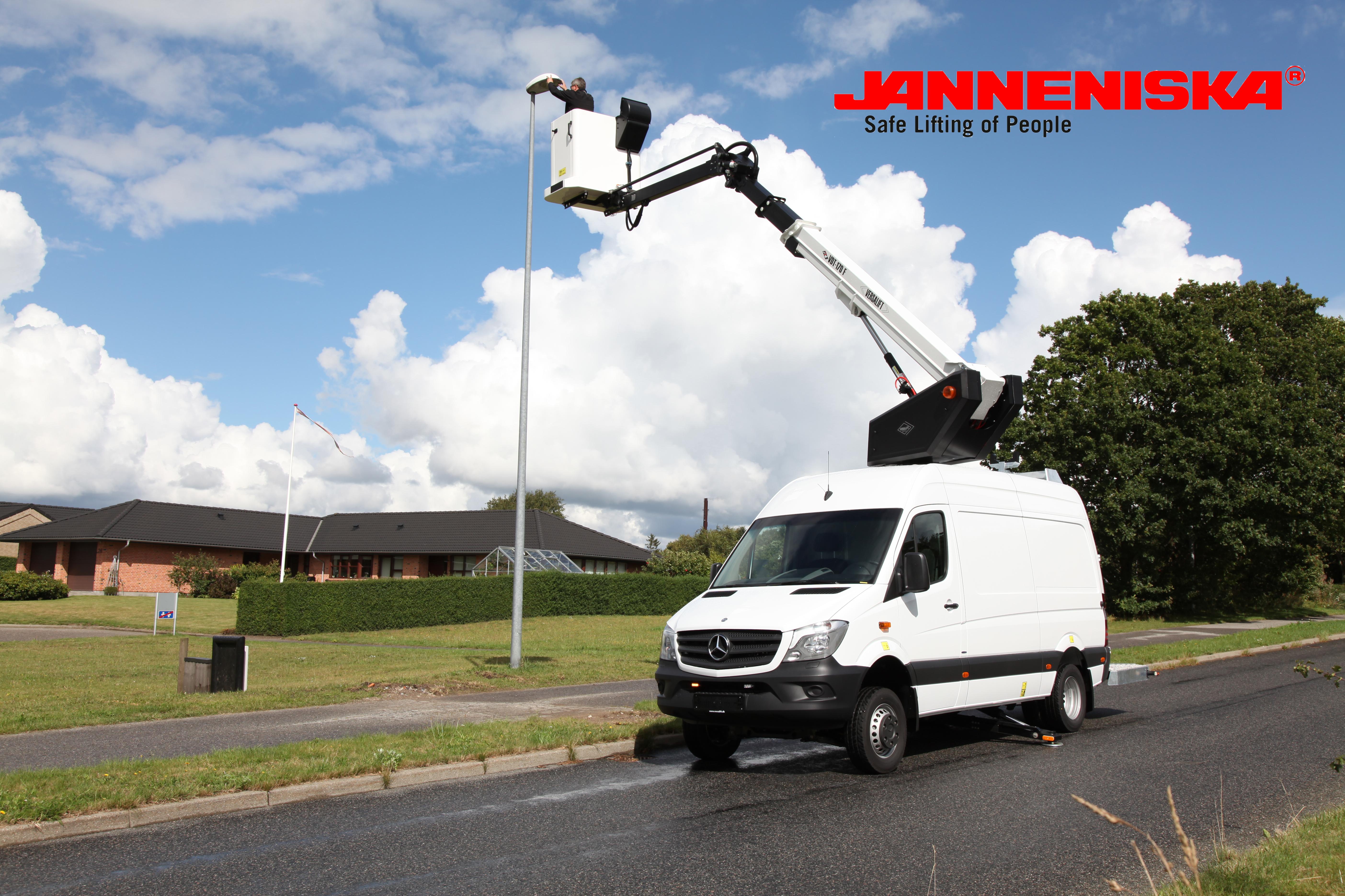 Versalift_VDT-170-F Sprinter Van-Janneniska